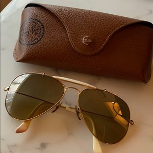 Ray Ban aviator with case